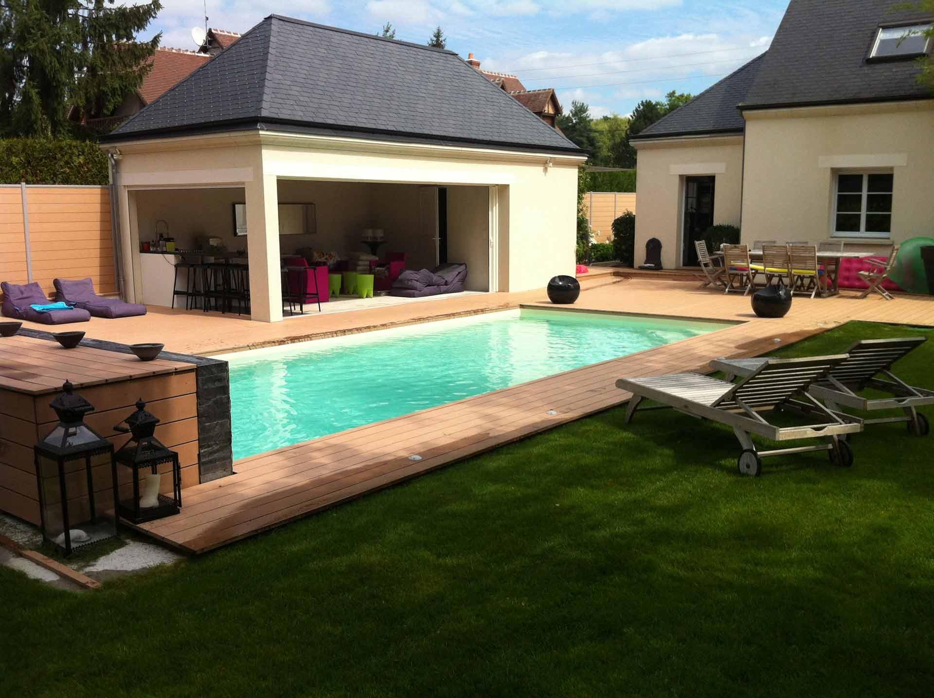 Tradi piscines conception de spas et saunas saint pryv saint mesmin - Piscine couverte maison orleans ...